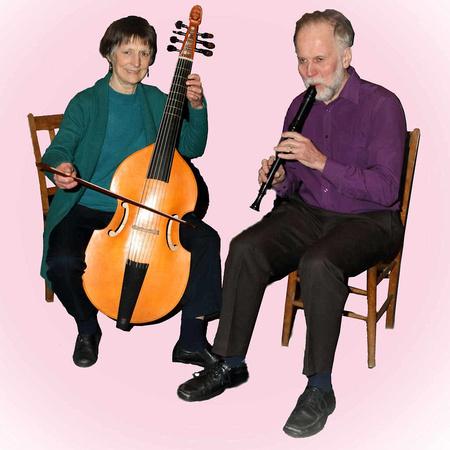 Elizabeth Dodd (Viola da Gamba) and Philip Gruar (Recorder)